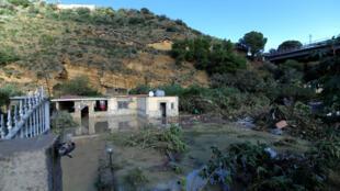 Vista general de la casa donde murieron nueve personas de dos familias después de que el río Milicia se inundara en Casteldaccia, Italia, el 4 de noviembre de 2018.