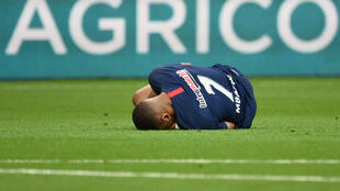 Kylian Mbappé was forced off the pitch after a clumsy tackle by Saint-Etienne captain Loïc Perrin.