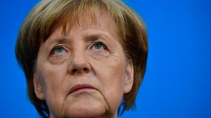 La chancelière allemande Angela Merkel donne une conférence de presse à Berlin, le 25 février 2018.