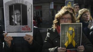 Des pro-indépendantistes manifestaient en Catalogne le samedi 1er février pour demander la libération des 12 prisonniers séparatistes.
