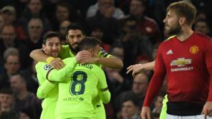 لاعبو برشلونة يحتفلون بهدفهم في مرمى مانشستر يونايتد 10 أبريل/نيسان 2019.