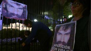 تظاهرة في العاصمة الأرجنتينية بعد العثور على جثة الناشط سانتياغو مالدونادو في 21 تشرين الأول/أكتوبر.