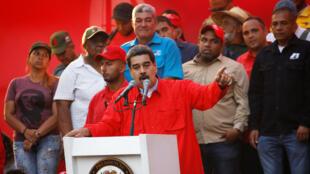 El presidente de Venezuela, Nicolás Maduro, habla durante un mitin en Caracas, Venezuela, el 1 de mayo de 2019.