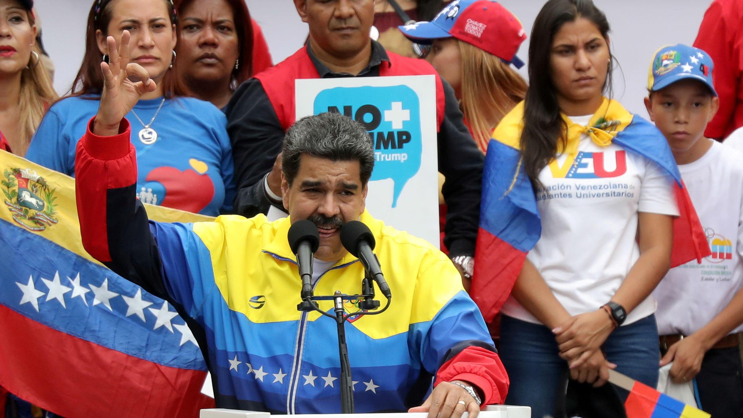 El presidente de Venezuela, Nicolás Maduro, participa en un mitin contra las sanciones de Estados Unidos contra Venezuela, en Caracas, Venezuela, 10 de agosto de 2019.