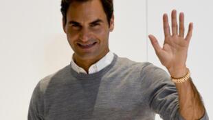 Le Suisse Roger Federer après une conférence de presse, le 2 octobre 2018 à Tokyo