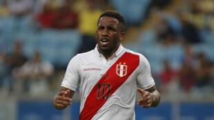 El peruano Jefferson Farfán, durante un partido de Copa América en Porto Alegre, el 15 de junio de 2019