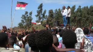 L'opposant éthiopien, Merera Gudina, lors d'une réunion publique du Congrès national Oromodu, le 15 mai 2010.