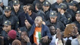 احتجاج جالية ساحل العاج في تونس ضد العنصرية