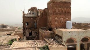 Une photo prise le 13 juillet 2020 montre les gros dégâts au musée national de Taëz, dans le sud-ouest du Yémen, pays en guerre depuis 2014