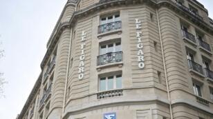 Le groupe Le Figaro va supprimer 30 à 40 postes de journalistes pour rajeunir sa rédaction et faire des économies, a indiqué sa direction