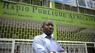 Bob Rugurika, la directeur de la Radio publique africaine, est un symbole de la liberté d'expression au Burundi.