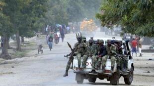Des soldats congolais, le 2 novembre 2013 à Kiwanja