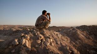 Un peshmerga kurde à Makhmour, au Kurdistan irakien, en août 2014.