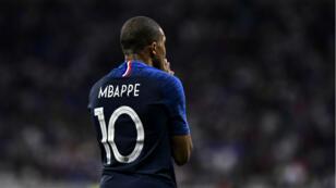 Malgré un but de Kylian Mbappe, les Bleus n'ont pas été rassurants face aux États-Unis, samedi 9 juin 2018.