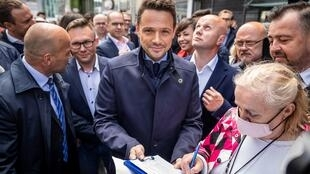 Recent opinion polls suggest late contender Warsaw mayor Rafal Trzaskowski could win the election