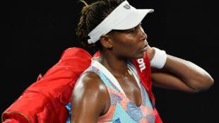 Pour la première fois en 20 ans, les sœurs Williams seront absentes du 2e tour de l'Open D'Australie.