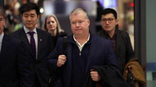 Stephen Beigun, el enviado de Estados Unidos para Corea del Norte, a su llegada al Aeropuerto Internacional Incheon, en la ciudad de Seúl, capital de la República de Corea. Beigun tiene como misión determinar una fecha y lugar para un nuevo encuentro entre Donald Trump y Kim Jong-un. Seúl, República de Corea el 3 de febrero de 2019.
