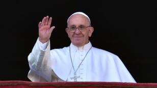 """Le pape François a célébré la traditionnelle messe de Noël """"Urbi et Orbi"""" au Vatican le vendredi 25 décembre."""