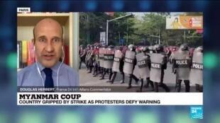 2021-02-22 09:33 Strike grips Myanmar, anti-coup protesters defy junta's lethal warning