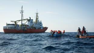 MSF et SOS Méditerranée ont annoncé, le 6 décembre 2018, la fin des activités de l'Aquarius.