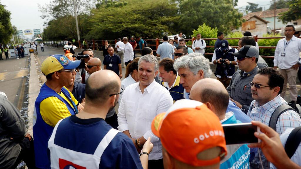 El presidente de Colombia, Ivan Duque, visita el puente transfronterizo Francisco de Paula Santander entre Colombia y Venezuela en Cucuta el 24 de febrero de 2019.