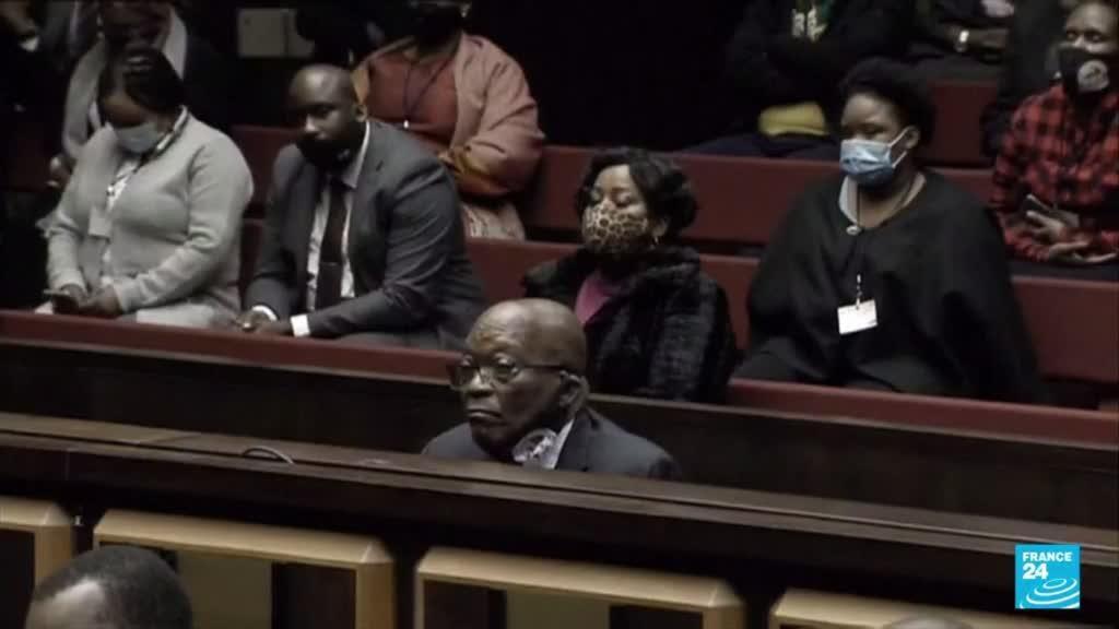 2021-06-29 18:05 Afrique du Sud : l'ancien président, Jacob Zuma, condamné à de la prison ferme par la Cour constitutionnelle