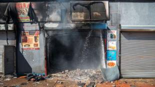 محلات تعرضت للاعتداء