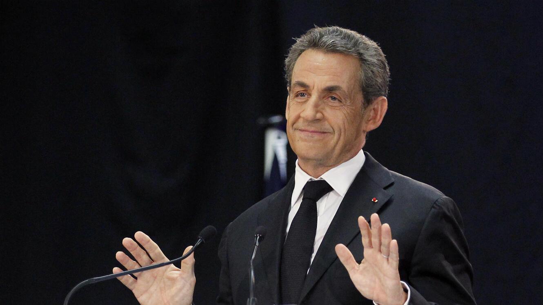 Nicolas Sarkozy annonce sa candidature à l'élection présidentielle de 2017 dans un livre publié chez Plon.