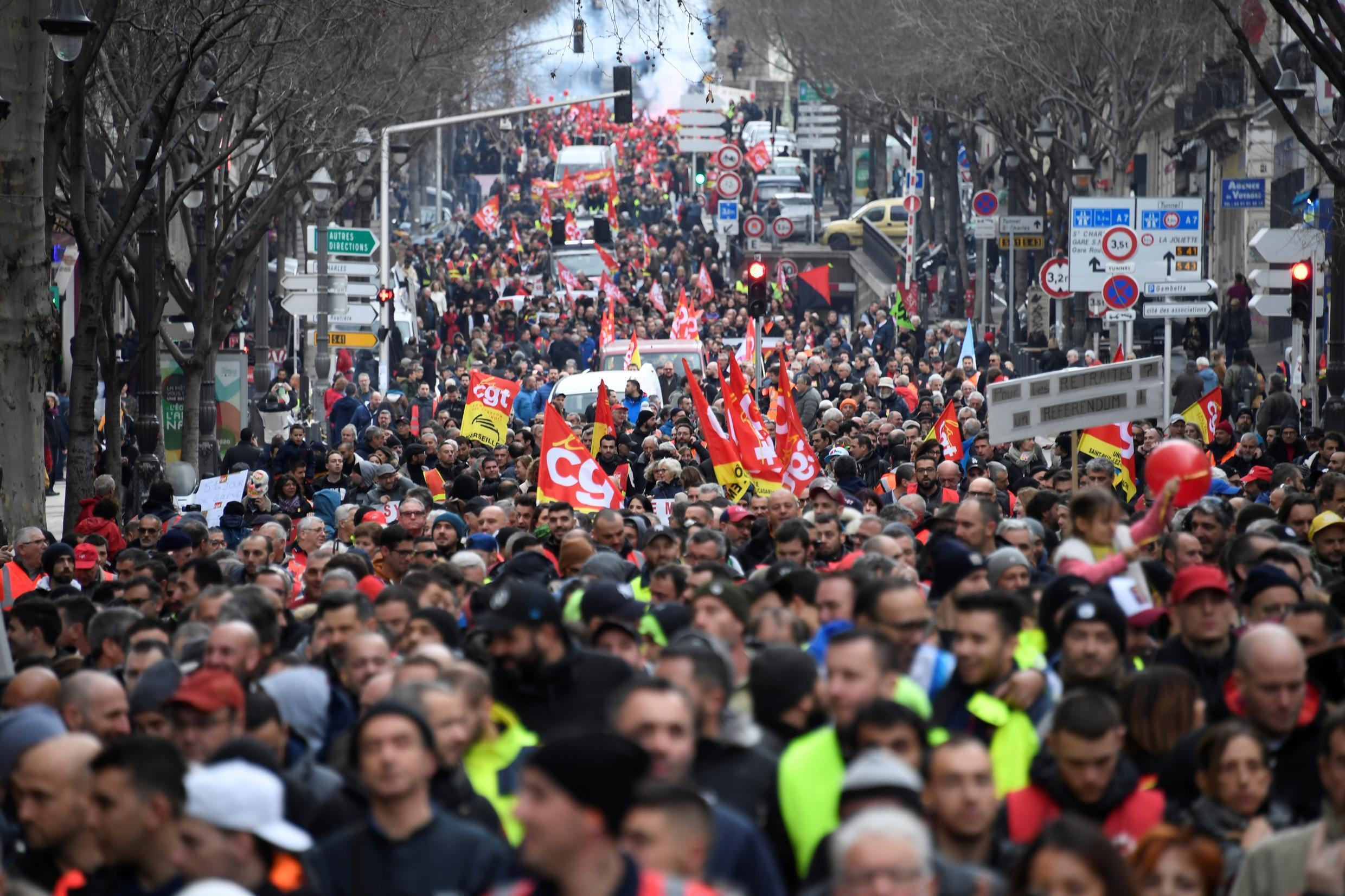 Participants in the demonstration of January 24, 2020, in Marseille, against the pension reform.
