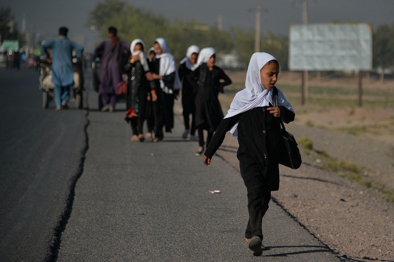 écoliers afghans