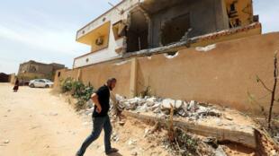 Peuplée de 200000 habitants, la ville de Zawiya, où ont été enlevés les 14 Tunisiens, est contrôlée par des groupes armés locaux.