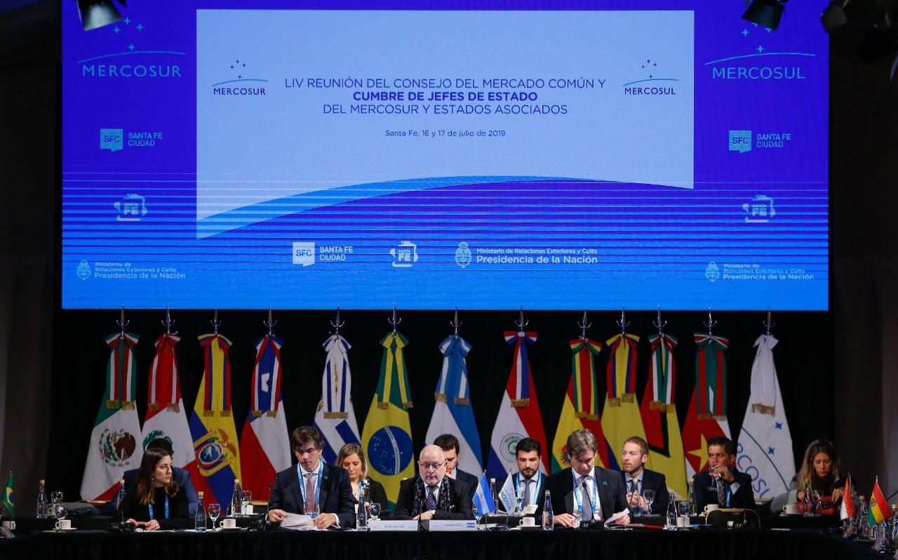 Vista general de la reunión de cancilleres, este martes previo a la Cumbre del Mercosur en la ciudad de Santa Fe, Argentina, el 16 de julio de 2019.