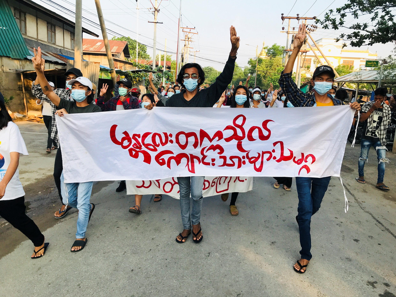 ADP_3_MYANMAR-POLITICS-EDUCATION