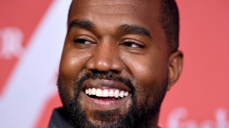En esta foto de archivo, Kanye West asiste a la Gala FGI Night Of Stars 2019 en Cipriani Wall Street el 24 de octubre de 2019 en la ciudad de Nueva York.