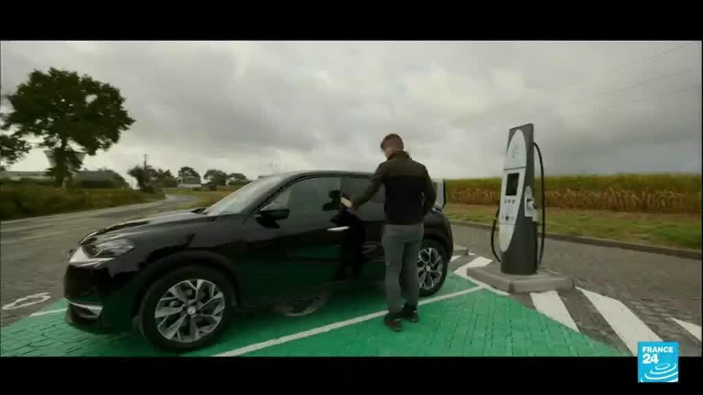 2021-10-25 16:09 Gaz à effet de serre : la France mise sur les voitures électriques