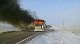 El incendio tuvo lugar e la vía que conecta la ciudad rusa de Samara con Shymkent, en el sur de Kasajistán.