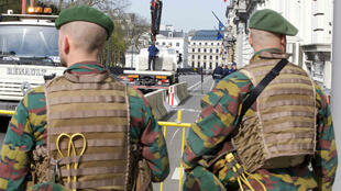 Les deux hommes inculpés sont soupçonnés d'avoir un lien avec une cachette de la cellule jihadiste de Bruxelles.
