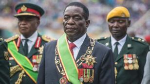 Emmerson Mnangagwa, lors d'une cérémonie peu après sa prestation de serment, le 24 novembre 2017.