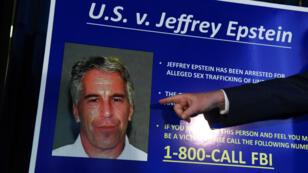 Le milliardaire Jeffrey Epstein a été retrouvé mort le 10août dans sa cellule de la prison fédérale de Manhattan alors qu'il attendait son procès pour agressions sexuelles sur mineures.