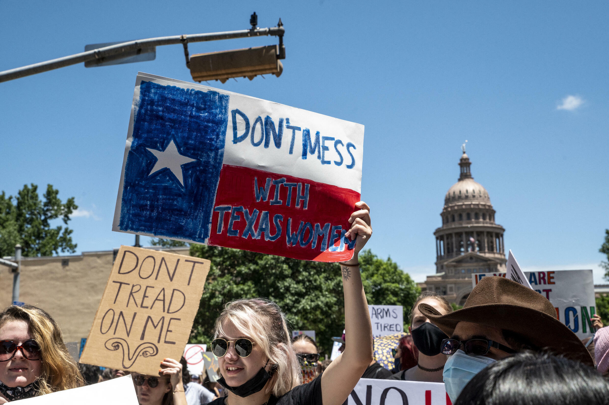 070921-texas-abortion-protest-site-m