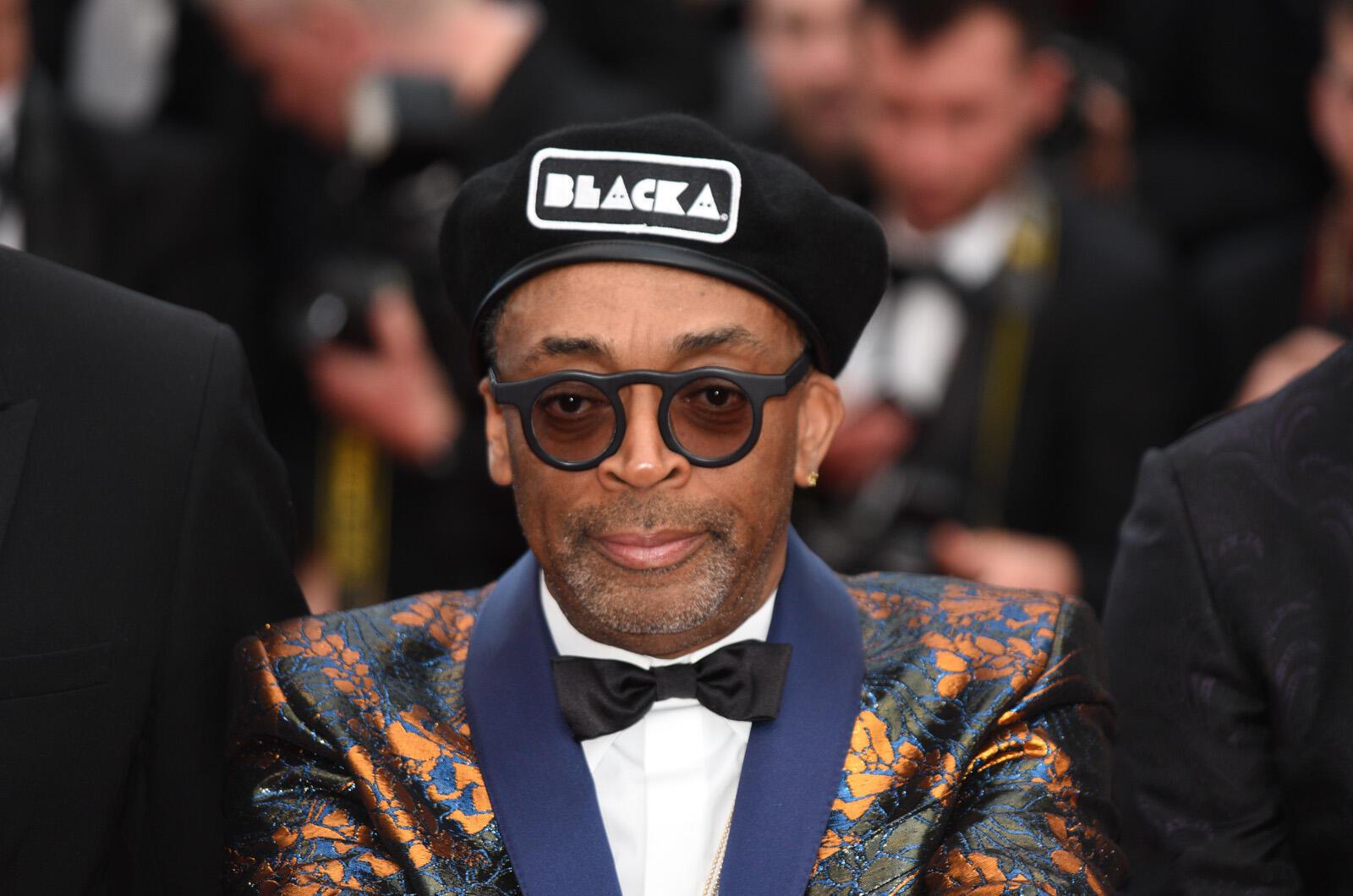 Le réalisateur américain Spike Lee est sur la Croisette pour présenter son dernier film, 'BlacKkKlansman', en compétition. Ce long-métrage raconte l'histoire vraie d'un policier noir qui a infiltré l'organisation du Ku Klux Klan.