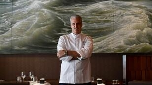 To the joy of French chef Eric Ripert, his restaurant Le Bernardin in New York shares the top spot in the La Liste ranking