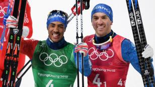 Les Français Richard Jouve (à gauche) et Maurice Manificat célèbrent leur troisième place.