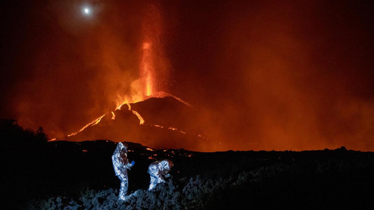 Volcanic ash halts flights on Spanish island - France 24