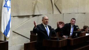 Benjamin Netanyahou présente son nouveau gouvernement devant la Knesset, jeudi 14 mai 2015.