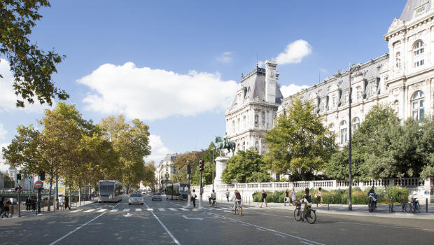 Plans for rue de Rivoli alongside Paris City Hall