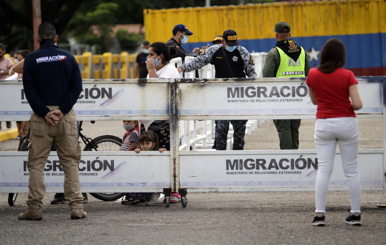 Colombia reabrió unilateralmente sus fronteras con Venezuela