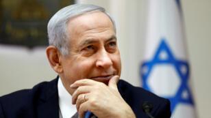 El primer ministro israelí, Benjamin Netanyahu, asiste a la reunión semanal del gabinete en Jerusalén, el 10 de marzo de 2019.