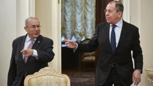 وزيرا الخارجية الجزائري رمطان لعمامرة والروسي سيرغي لافروف في موسكو 19 مارس/آذار 2019