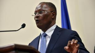 Jocelerme Privert, président provisoire d'Haïti, lors d'une déclaration à Port-au-Prince, le 30 mai 2016.